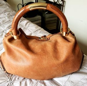 Gucci Bags - GUCCI🔆AUTHENTIC LARGE CALFSKIN INDY